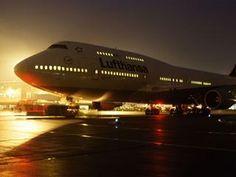 Night Flight. #lufthansa