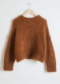 Wool Blend Chunky Knit Sweater - Camel - Sweaters - & Other Stories Wool Blend Chunky Knit Sweater - Camel - Sweaters - & Other Stories Knit Sweater Outfit, Pullover Outfit, Sweater Weather Outfits, Sweater Fashion, Brown Fashion, Autumn Fashion, Mode Boho, Sweater Knitting Patterns, Wool Sweaters
