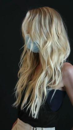 Beachy Blonde Hair, Yellow Blonde Hair, Blonde Layered Hair, Blonde Hair Looks, Blonde Hair With Highlights, Balayage Hair Blonde, Blonde Hair Extensions, Long Blond Hair, Blonde Long Layers