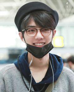 Cute Asian Guys, Asian Boys, Asian Men, Hot Actors, Actors & Actresses, Korea, Love Me Forever, Chinese Boy, Mens Glasses