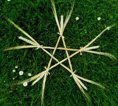 Lammas wheat & Barley Pentagram. Wiccan Altar / wall hanging Pentagram.. £8.50, via Etsy.