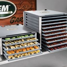Dehydrator Recipes Master list, lots of goodies here, not your usual stuff!!