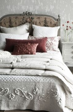The Perfect Cottage Vintage Bed;The modern wallpaper keeps this room from feeling dowdy- brilliant. Dream Bedroom, Home Bedroom, Bedroom Decor, Master Bedroom, Shabby Bedroom, Bedroom Ideas, Cama Vintage, French Country House, Beautiful Bedrooms