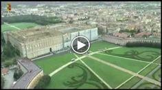 La Reggia di Caserta dall'elicottero. Le immagini girate dalquarto reparto Volo della polizia mostrano la bellezza del sito vanvitelliano....