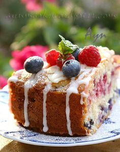 Summer cake  with Berries