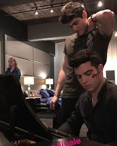 Omg Dave(Raphael) and Matt (Alec) are two of the hottest men on earth