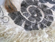 Handmade eco-friendly living room decor, farmhouse decor, unique OOAK carpet made of sheep wool and fleeces in stone look and fur. There are used fleeces of Racka, Iceland sheep and Skudde and wool from mountain sheep. This rug is pet friendly, as it is 100% wool. Can be used as a