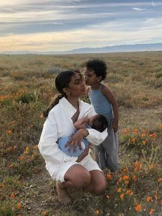 Family Matters, Family Goals, Mom And Baby, Mommy And Me, Ohana Means Family, Future Mom, Black Girl Aesthetic, Cute Family, Mother And Child