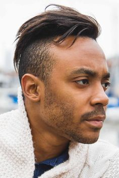 Layered haircuts are a perfect choice for any hair, for short, medium and long, straight, wavy and curly. On thin hair, they're for volume while on thick locks for an edgy and textured appearance. Shorter choppy cuts with fringe are best sported messy and shaggy. #menshaircuts #menshairstyles #layers #layeredhair #layeredhairmen #layeredhaircuts #layeredhaircutsformen