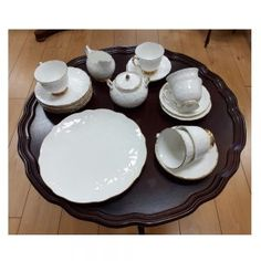 Aynsley 'golden crocus' tea set,   comprising of 6 tea cups, saucers, side plates.  A serving plate, milk jug and sugar bowl. Side Plates, Serving Plates, Milk Jug, Sugar Bowl, Tea Set, Tea Cups, China, Ceramics, Tableware