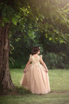 Trish Scully designs distinctive, boutique children's clothing, shoes and accessories. Shop our collection of suits, dresses, shoes and more! Full Length Gowns, Little Girl Fashion, Holiday Dresses, Fairytale, Photo Ideas, Little Girls, Beautiful Pictures, Dress Up, Flower Girl Dresses