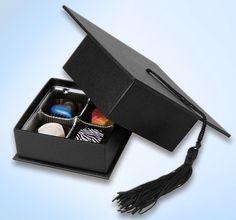 Rigid paper graduation cap box