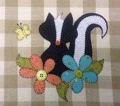 Lil' Stinker A cute Skunk Applique PDF by quiltdoodledesigns, $3.00