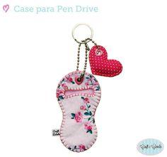 Chaveiro porta pen drive em tecido e feltro. Design exclusivo Craft e Canela. PERSONALIZÁVEL - Escolha sua estampa aqui: http://www.elo7.com.br/estampas-disponiveis/dp/284289 R$ 17,00