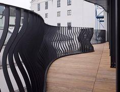 CNC-geschnittene Zäune und Geländer passend zur aktuellen Blob-Architektur