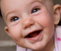 What a happy face: Link To Down-to-earth & funny tips that help moms enjoy every minute of parenting, from The Happiest Mom. Life Quotes Pictures, Good Life Quotes, Picture Quotes, Baby Pictures, Bad Friend Quotes, Bad Friends, Happy Mom, Happy Baby, Quotes About Grandchildren