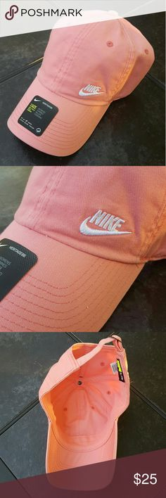 ⚾Nike Baseball Cap Women's Nike baseball cap with adjustable back strap and nike logo. New with tags! Nike Accessories Hats