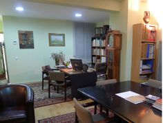 3418 AV. DIAGONAL - GIRONA Estudio en planta baja de 48m² tipo loft. Dispone de una gran sala de 33,5m². Cocina independiente reformada. Baño con...