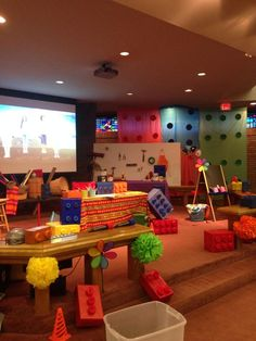 Now this is a great way to WOW! Church is ready for WOW VBS. Sent to us from a church in MO! Love the color and use of blocks. www.cokesburyvbs.com