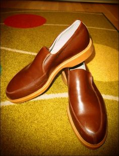 1950's Men's Brown Leather rubber sole Shoes! (Item number: 100640, End Time : 05 Aug. 2013 00:16:23) - apeZoot, the market place where Vintage is CULTure!
