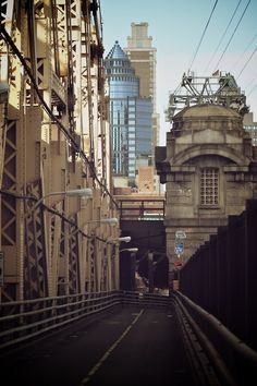 NYC. Queensboro Bridge, Manhattan end //  by Alberto Reyes