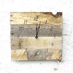 Reclaimed Wood Clock | dotandbo.com