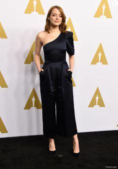 Emma Stone (combi Stella McCartney) à l'Oscar Nominee Luncheon au Beverly Hilton à Beverly Hills, le 6 février 2017 © AdMedia via Zuma/Bestimage