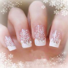 Gelnägel Muster für Weihnachten in Weiß Mehr
