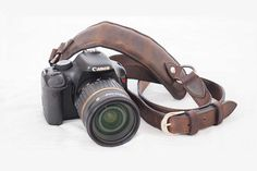 Intrepid Camera Strap – The Intrepid Bag Co | Leather Bags and Accessories