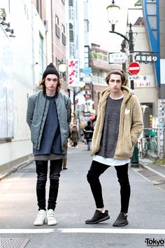 """OH MY GOD !!! i LOVE his music ... PORTER ROBINSON (right), musician (one of my favorite EDM artists), the BEST songs from his new album are """"Divinity"""" 