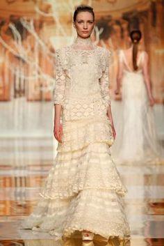 Suknie ślubne 2014: kolekcja Yolan Cris [Zdjęcia]