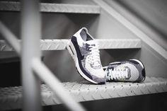 Nike - WMNS Air Max 90 Flyknit Ultra 2.0 (lila / weiß) - 881109-102