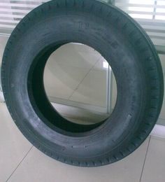 700-15 750-16 8-14.5 10.00-20 11-22.5 ST225/75D15 ST205/75D15 tractor trailer tires sale