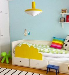 Ikea hack-- Hemnes bed with DIY toddler rail. Ikea Toddler Bed, Ikea Kids Bed, Ikea Hack Kids, Ikea Hacks, Bed Ikea, Baby Bedroom, Kids Bedroom, Bedroom Ideas, Bedroom Decor