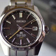 Happy Friday #seikofam! #grandseiko #hibeat  courtesy of @kicktoc  #GMT #36000vph #sbgj013 #titanium #seiko #watchnerd #watchesofinstagram by seikowatchusa