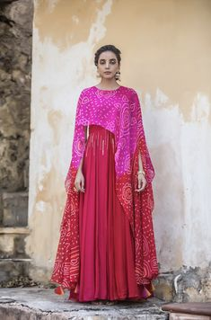 Designer Party Dresses, Indian Designer Outfits, Stylish Dress Designs, Designs For Dresses, Stylish Dresses, Simple Dresses, Girls Fashion Clothes, Fashion Dresses, Indian Gowns Dresses