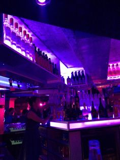 L'Amnésia Nightclub, one of Chamonix's night time hot spots if you wanting to stay out till the early hours.  With resident DJ's, private VIP booths, late night opening and normally free entrance this is the place to go and party in style! But be warned, you might pay for it the next day and struggle on the slopes...don't say i told you so.