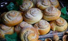 Ořechové šneky z kynutého tvarohového těsta   NejRecept.cz Nutella, Smoothies, Food And Drink, Bread, Cooking, Breakfast, Cake, Recipes, Type 3