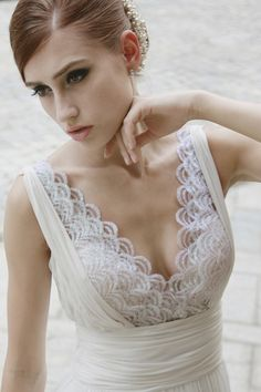 Scallop details to get dreamy for - wedding dress