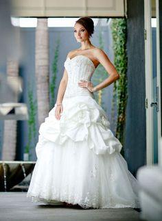 Ball gown sweetheart chapel train charming taffeta with ruffle wedding dress