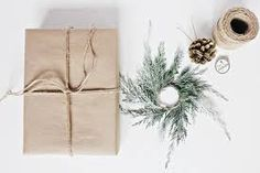 DIY Gift Wrapping Ideas for Christmas/ Holidays - Buscar con Google