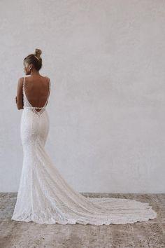 Fitted Lace Wedding Dress, Dream Wedding Dresses, Bridal Dresses, Wedding Looks, Chic Wedding, Dream Dress, Designer Dresses, Marie, Wedding Inspiration