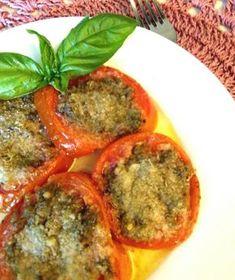 I pomodori alla provenzale, un piatto dai sapori e dai profumi unici da presentare alla vostra tavola sia come contorno che come antipasto