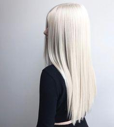 platinum hair with olaplex