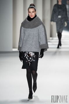 Carolina Herrera - Ready-to-Wear - Fall-winter 2014-2015 - http://www.flip-zone.net/fashion/ready-to-wear/fashion-houses-42/carolina-herrera-4524 - ©PixelFormula