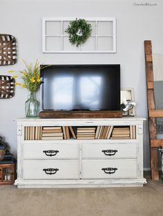 How To Decorate Around A TV. Living Room ...