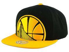 d9ac9b7db30 Toronto Raptors Mitchell   Ness NBA Cropped XL Logo Snapback Cap ...