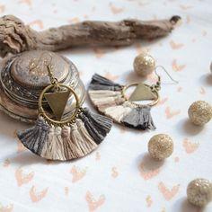 Boucles d'oreilles bohèmes pompons taupe, beige et bronze, bijoux mode femme style ethnique et bohème