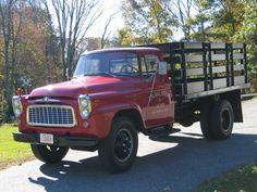 1959 International Flatbed Stake Body for sale Farm Trucks, Dump Trucks, Cool Trucks, Big Trucks, Pickup Trucks, International Harvester Truck, International Scout, Station Wagon, Vintage Trucks