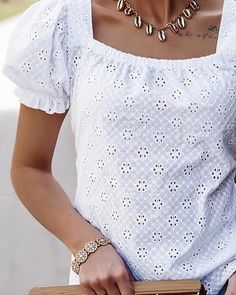 Boho Outfits, Casual Outfits, French Capsule Wardrobe, Cute Blouses, Couture, Blouse Online, Blouse Dress, Cotton Dresses, Patterned Shorts